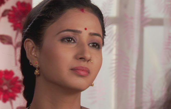 Watch Gustakh Dil Episode 200 Online On Hotstar